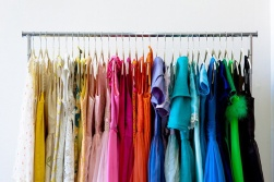 blog_Color-Coded-Wardrobe-